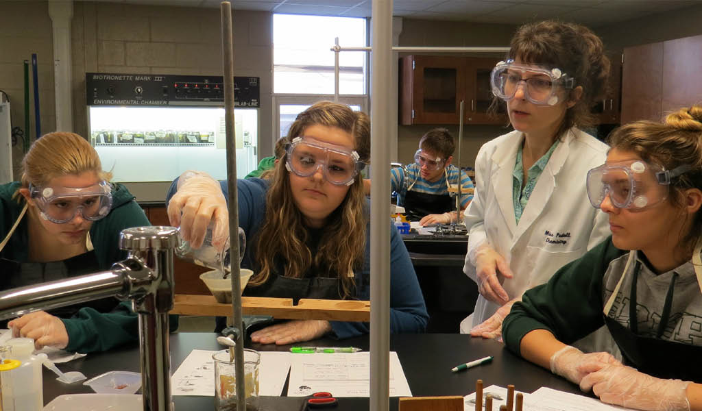 Laker School High School | Michigan High School Science